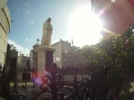 Dippin' in the City – Buenos Aires – El Cementerio de la Recoleta (Video)